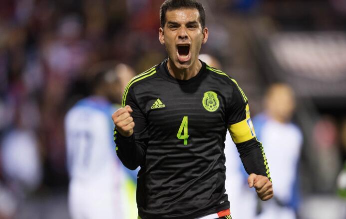 Osorio completó 18 partidos dirigiendo a México con saldo a favor 201611...