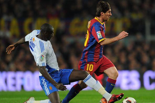 La 'Pulga' Messi estuvo bien marcado, sobre todo en la primera etapa.