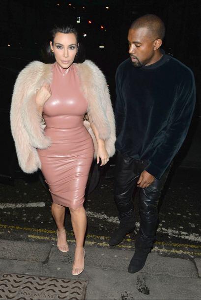 Kim Kardashian en látex