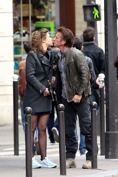 ¡Y lo atrapamos besándose con otra famosa!Mira aquí los videos más chism...