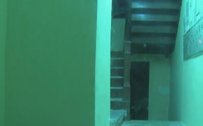 Una persona resultó herida tras el desplome parcial de la escalera de un...