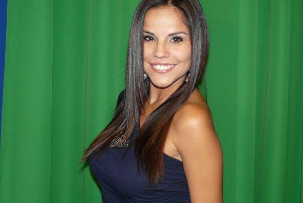 Durante su visita, ella pidió el apoyo del público para  Miss República...