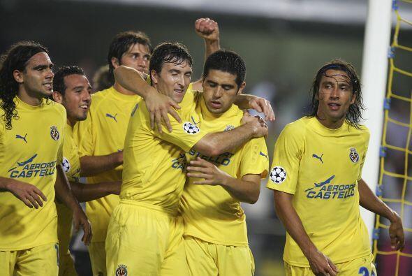 En el mismo 2004 el Villarreal conquistó la Copa Intertoto de la UEFA en...