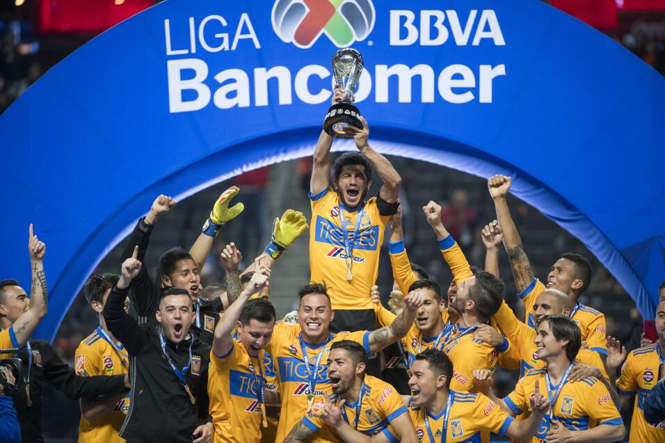 Matías Alustiza jugará un año con Pumas 20171210-2558.jpg