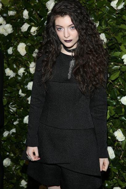 El lado oscuro de Lorde la subió hasta la segunda posición.