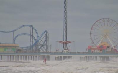Autoridades de Galveston preocupadas por posibles inundaciones con el pa...