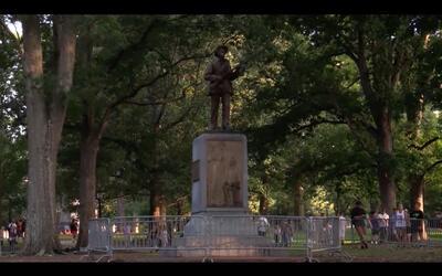 Autoridades refuerzan la seguridad alrededor de un monumento confederado...