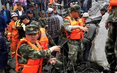 Cuerpos de seguridad de China llegaron a la zona del desastre para busca...