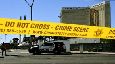 Los videos de cámaras corporales de agentes que llegaron al hotel Mandalay Bay durante la masacre en Las Vegas