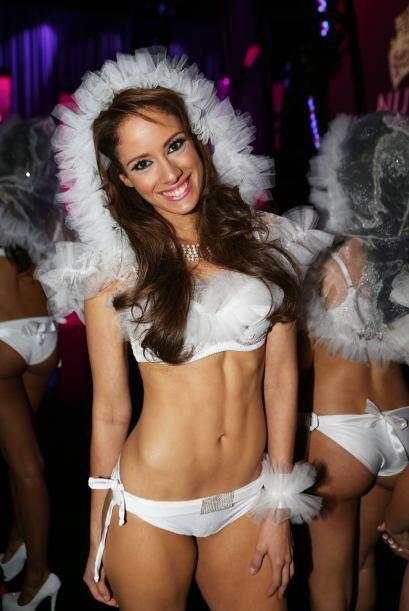 Las chicas aparecieron con un 'look' muy sexy, cuyas prendas elevaron la...