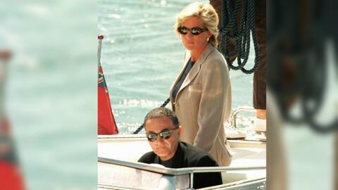 Lady Diana junto al millonario Dodi Al Fayed, su pareja el 31 de agosto...