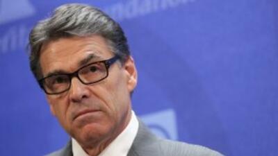 El gobernador de Texas lanzó la advertencia sobre las medidas ejecutivas...