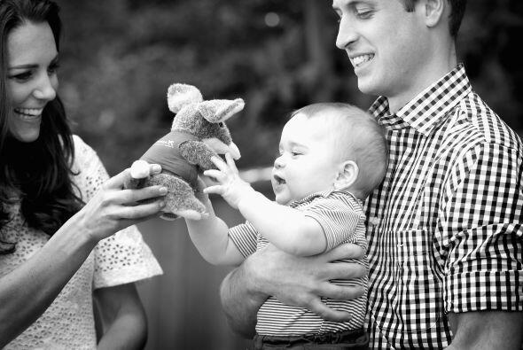 Ambos lucen felices y muy realizados con la familia que han formado al l...