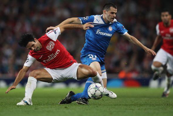 Arsenal evitó cada embate dle rival y se fue haciendo con el dominio de...