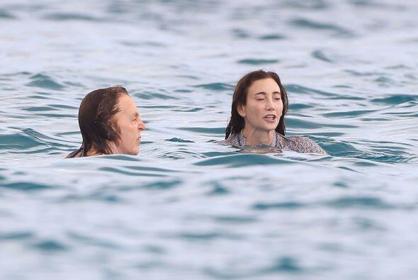 Disfrutaron el mar en este paradisiaco lugar:  Mira los chismes del mome...