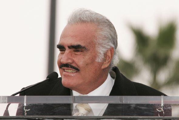 Aunque Vicente Fernández no ha tenido muchos temas en los melodramas es...