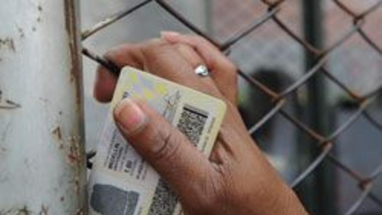 Consulado de Colombia en NY entregara cedulas a sus ciudadanos en la Gra...