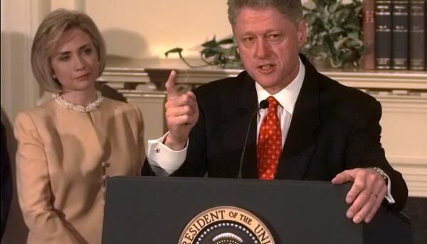Presidente Bill Clinton y la primera dama Hillary Clinton en la Casa Bla...