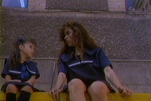 """Su debut fue en la película """"Zapatos Viejos"""" en 1993, compartiendo crédi..."""