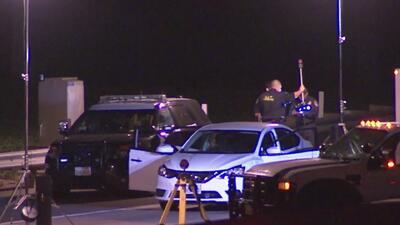 Un hombre es asesinado con arma de fuego en plena autopista de Los Ángeles