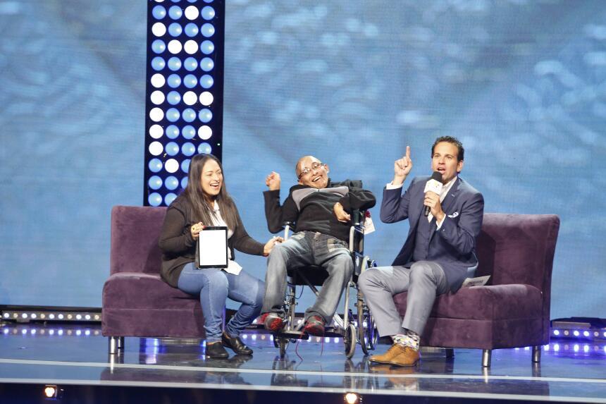 Carlos Loret de Mola en Teletón USA 2015