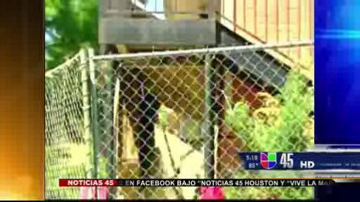 Captado en video: Balcón de apartamentos colapsó