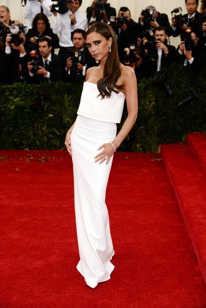 No cualquiera puede darse el lujo de usar un vestido blanco, pero si tie...