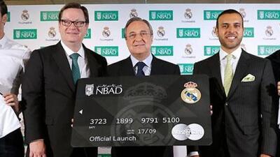 Florentino Pérez en la presentaciòn de la nueva tarjeta de los merengue...