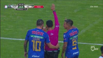Invalidan gol a Tigres por fuera de lugar