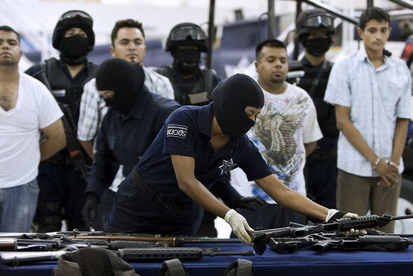Miembros del cártel de Sinaloa acusados de secuestrar cuatro peri...