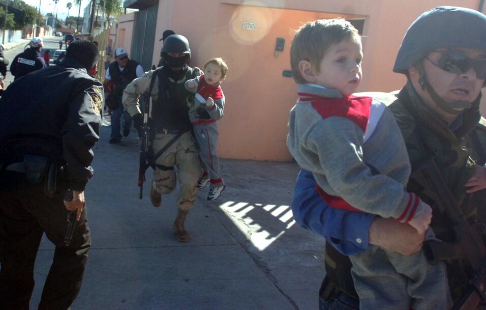 Ponen a salvo a niños junto a 'La Casa de la Cúpula'. Archivo. 2009