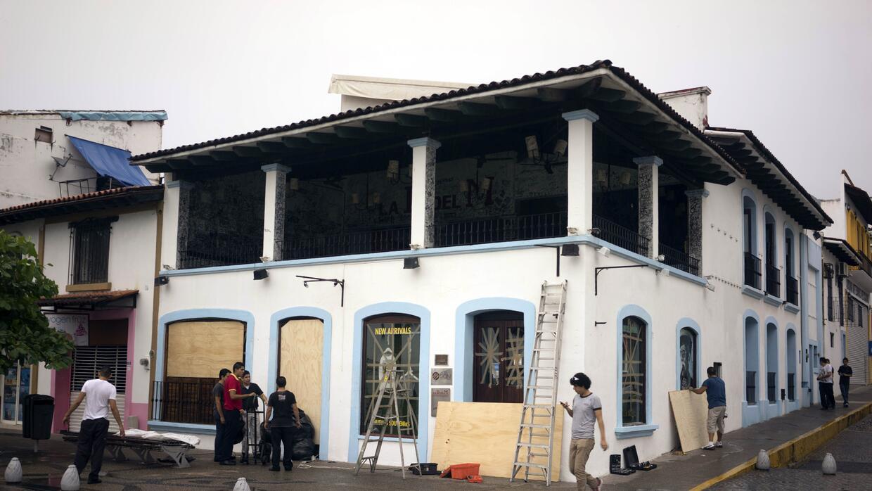 Puerto Vallarta no recibe el impacto directo.