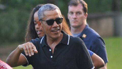 Familia Obama disfruta sus vacaciones en Indonesia