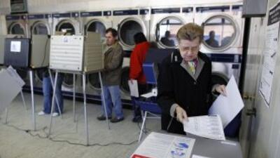 Diez millones de hispanos sufragaron en el 2008 y 67% lo hizo por Obama....