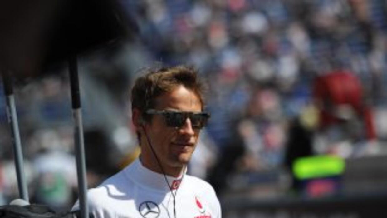 El británico Jenson Button (McLaren) lideró los ensayos previos al GP de...