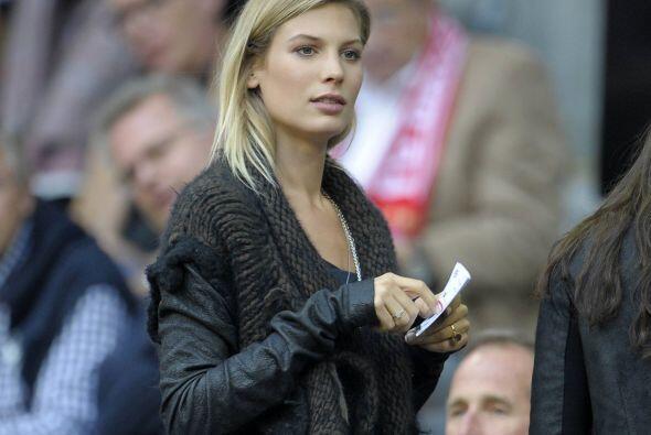 Esta hermosa modelo alemana, Sarah Brandner es la novia del jugador alem...