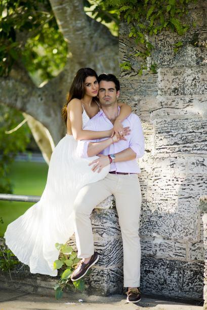 Después de más de un año juntos, Jorge decidió pedirle matrimonio y prep...