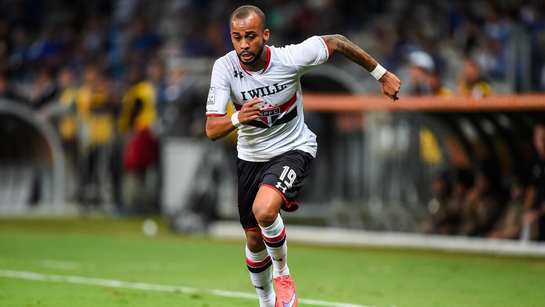 El Sao Paulo le mete presión al Corinthians en la liga brasileña 4732352...