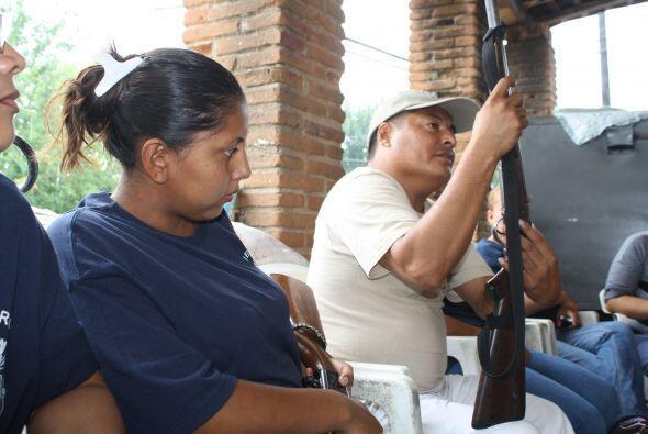Ante la presencia de 350 pobladores y el comisario municipal, Alberto Ca...