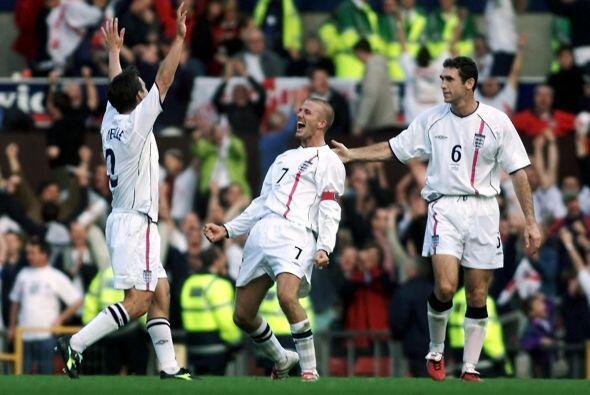 Beckham fue 115 veces internacional, marcando un total de 17 goles con l...