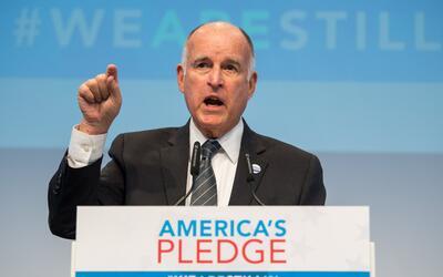 El gobernador de California, Jerry Brown, durante la Cumbre del Clima en...