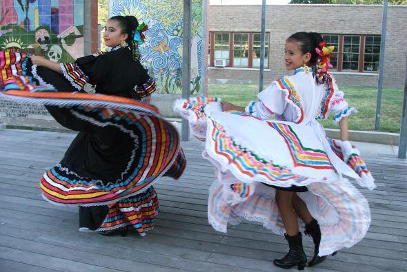 El Ballet Folklórico de MECA es ya reconocido en la ciudad debido a sus...
