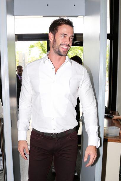 El actor cubano alborotó el Ayuntamiento de Miami.