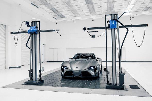 Desarrollado por Calty Design Research en Newport Beach, California, est...