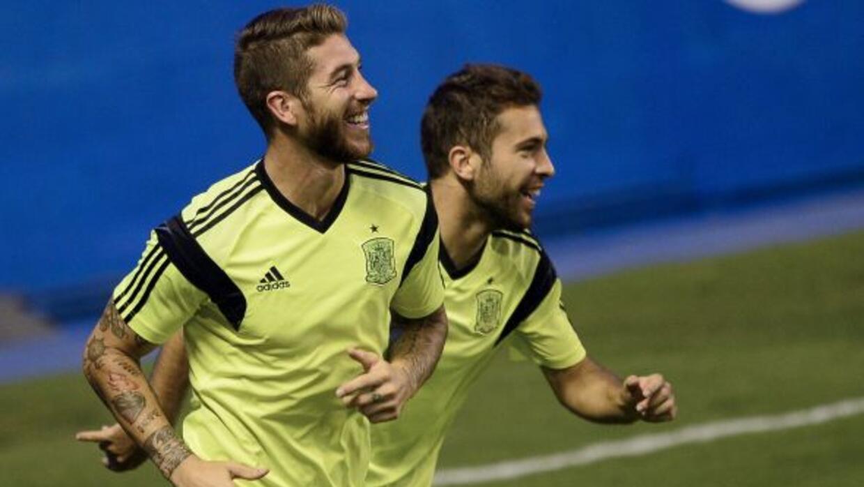 Los médicos de La Roja determinaron que lo mejor es que Ramos no tenga a...