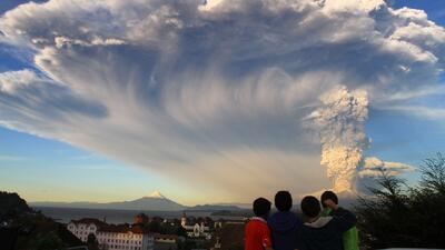 Alerta roja en Chile por la erupción del volcán Calbuco