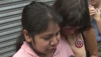 """""""Ella no es un criminal"""": el llanto de una niña porque su abuela fue deportada a México"""