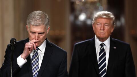 El juez Neil Gorsuch en la Sala Este de la Casa Blanca en Washington DC,...