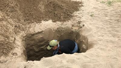 La odisea diaria de las madres que excavan las fosas de Veracruz buscando a sus hijos desaparecidos
