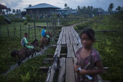 Entre los buzos hondureños existe la creencia de que ver una sirena es la señal innegable de que han contraído la enfermedad.
